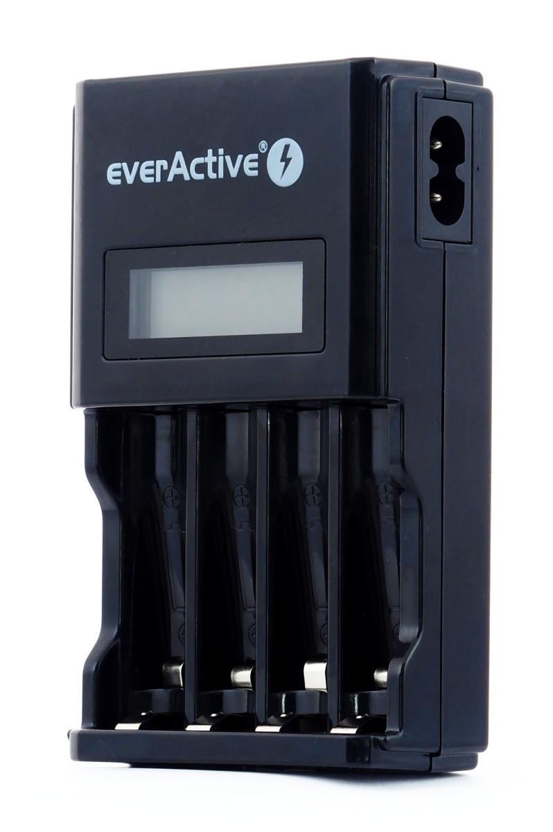 Ładowarka everActive NC-450 LCD + 4x R6/AA everActive 2600mAh